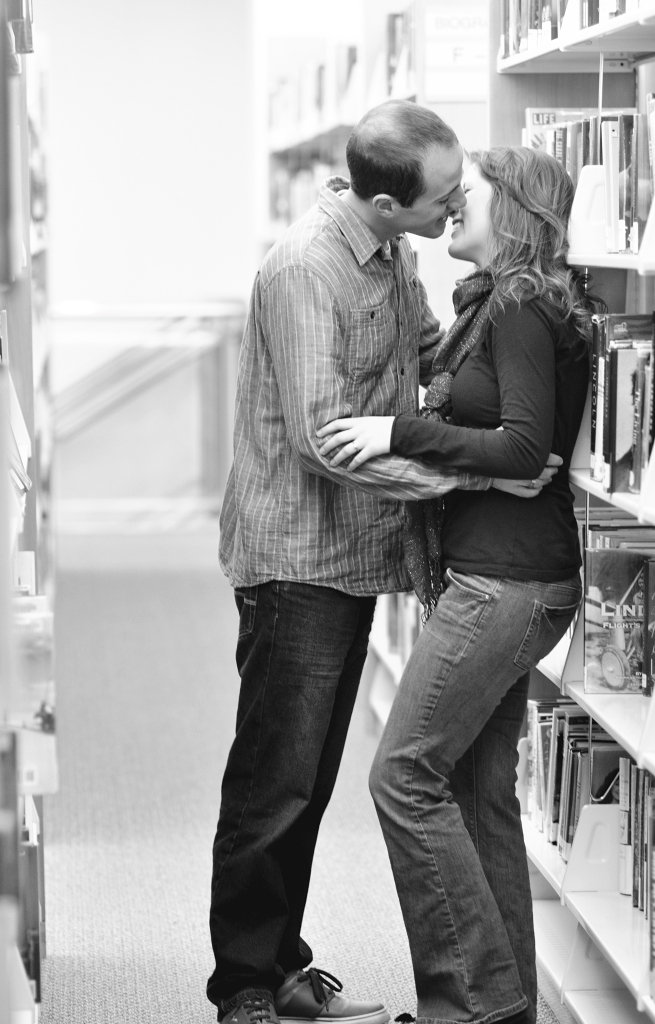 kissing-book-stacks-Tooele-Salt-Lake-City-Utah-Portrait-Wedding-Photography-Photographer-Bride-groom-engagements