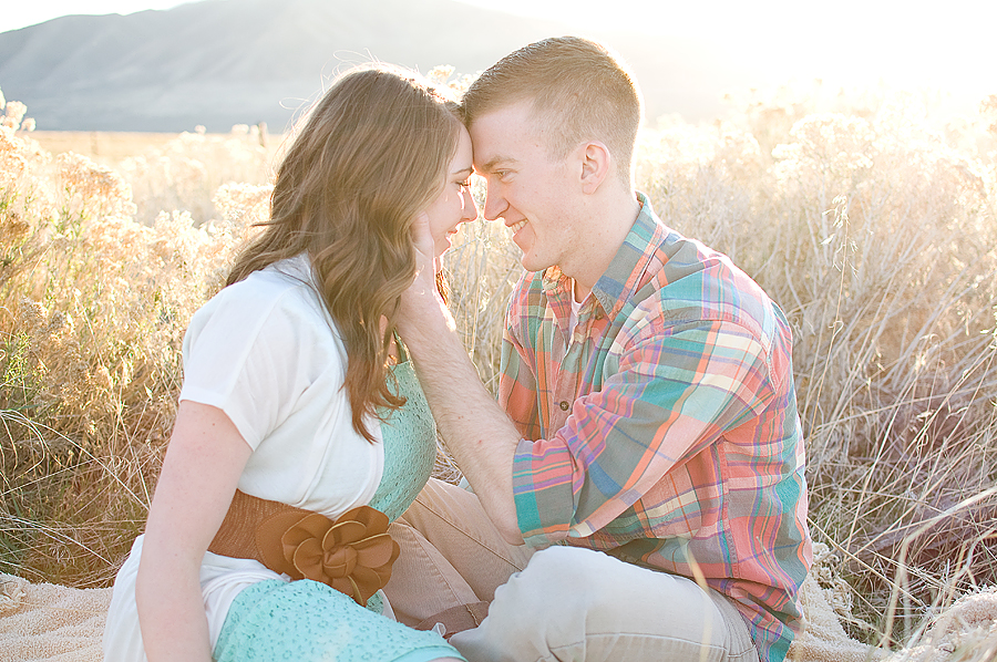 Engagement photographer Wedding Salt Lake City Tooele Utah